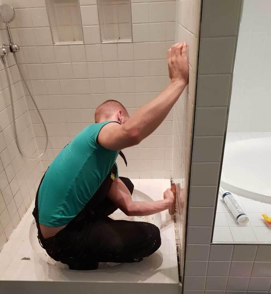 Installateur in Moosach in Duschkabine Badezimmer